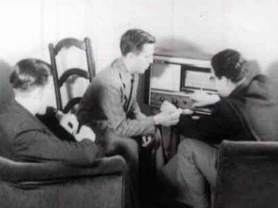 Poste radio 1941 [TSR 1975]