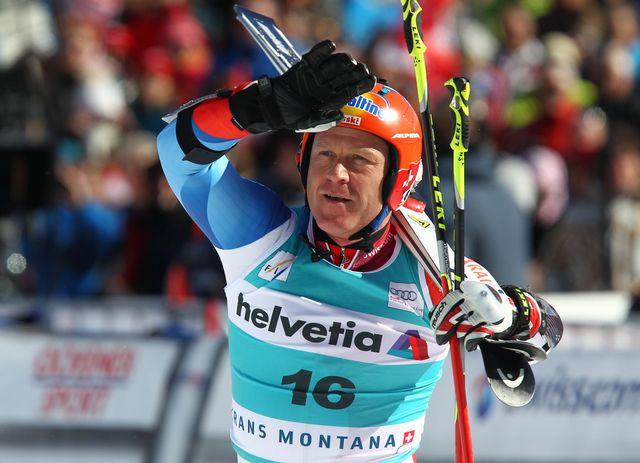 26 février à Crans-Montana: Didier Cuche fait ses adieux au public suisse. [Alessandro Trovati - Keystone]