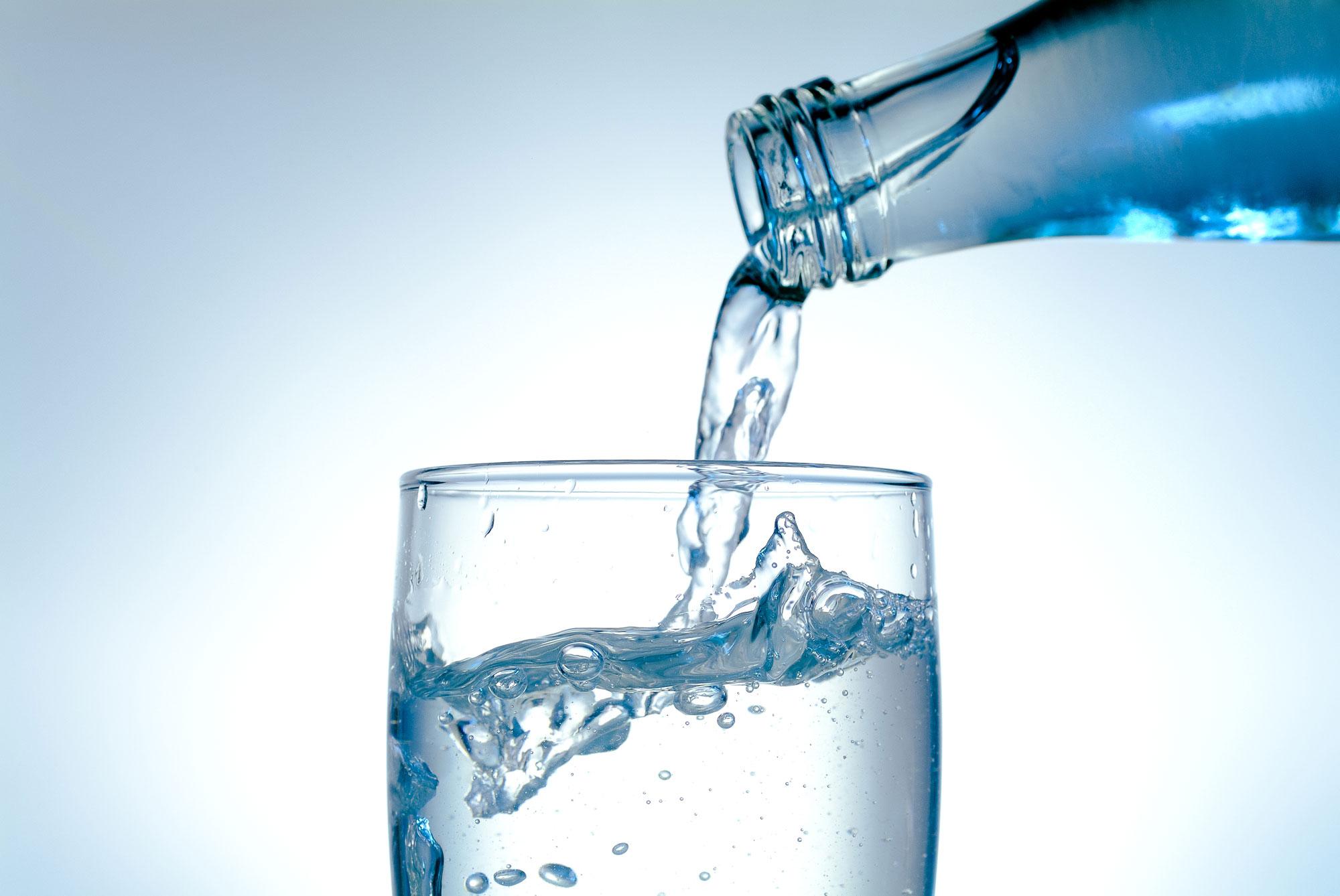 les suisses consomment 4200 litres d 39 eau par jour suisse. Black Bedroom Furniture Sets. Home Design Ideas