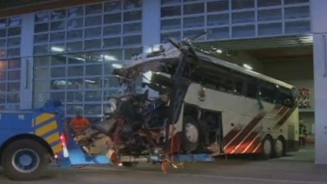 Séquences choisies - revue des JT européens concernant l'accident de bus à Sierre