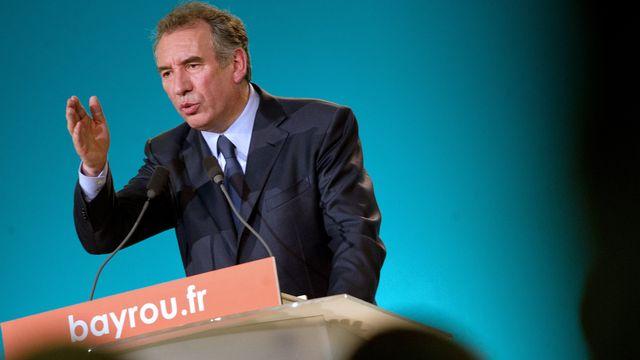 """Lors d'une rencontre avec des étudiants, François Bayrou a fait la douloureuse expérience du """"fact-checking"""". [Bertrand Langlois - AFP]"""