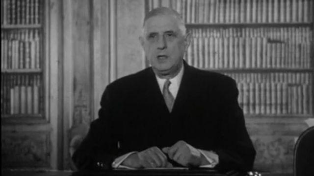 Allocution de De Gaulle radiodiffusée et télévisée, JT 13H - 18/10/1962. [INA]