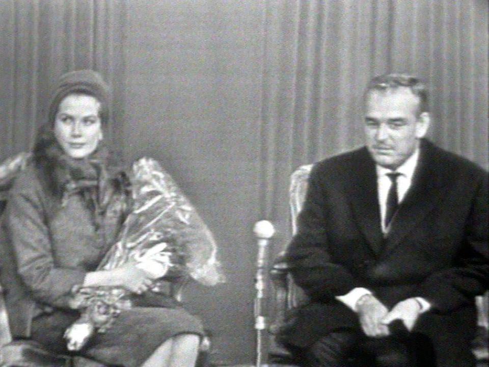 Rainier et Grace en visite officielle en Suisse en 1960. [RTS]