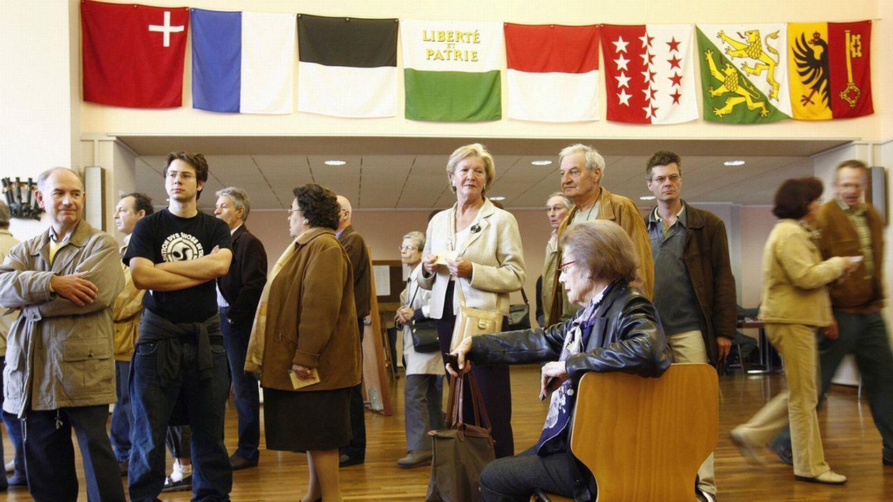 A Lausanne, le bureau de vote était situé à la gare CFF. [Laurent Gilliéron - Keystone]