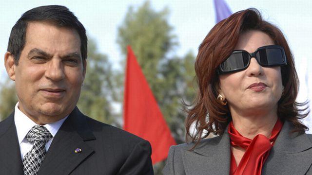 Zine el-Abidine Ben Ali et son épouse Leïla le 7 novembre 2007 lors des commémorations de ses 20 ans de présidence.  [Keystone]