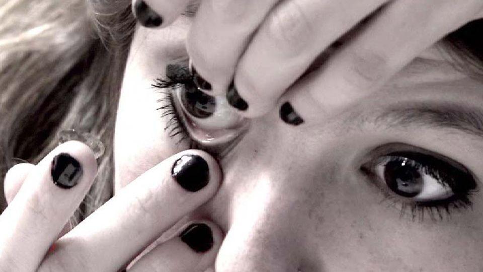 Les adolescents souvent victimes d'infections de l'oeil. [RTS]