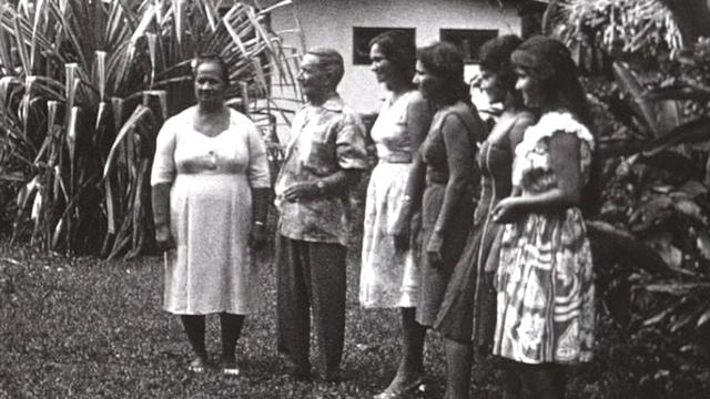 Les Golaz de Tahiti. [RTS]