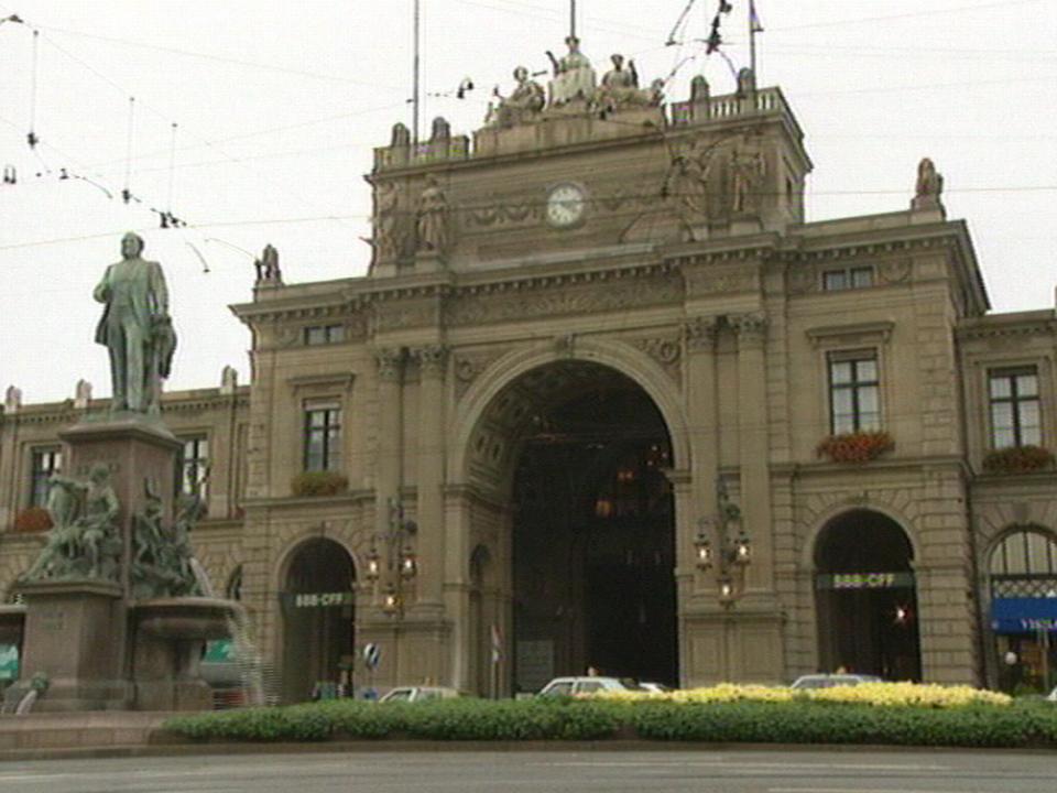 La gare de Zurich [TSR 1996]
