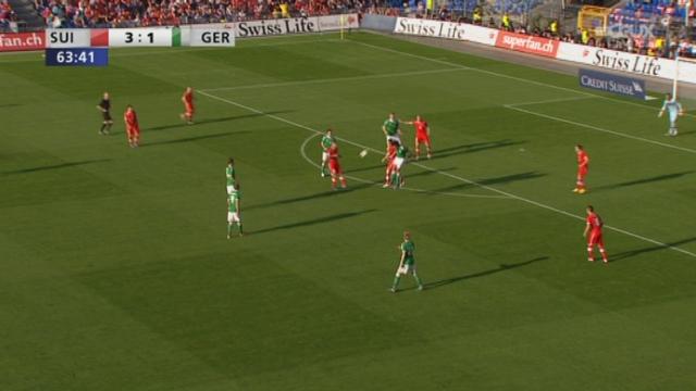 Match amical / Suisse-Allemagne (3-2) : Enorme erreur de Benaglio qui permet à l'Allemagne de revenir à 1 longueur de la Suisse au score