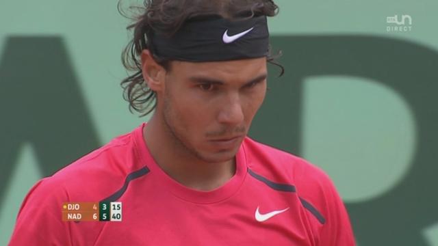 Nadal - Djokovic / Finale: Reprise du jeu après 34mn d'arrêt et Nadal s'adjuge la 2ème manche (6-3)