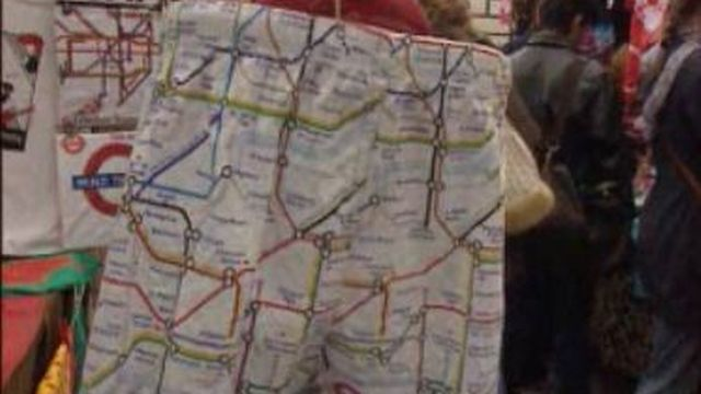 Plan de métro sur caleçon [TSR, 04.03.98]