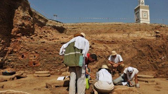 Des fouilles archéologiques sur le site de la Casbah à Alger, le 27 juillet 2009 [AFP]