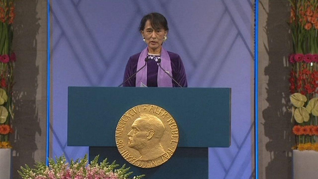 Séquences choisies - Aung San Suu Kyir reçoit son Nobel