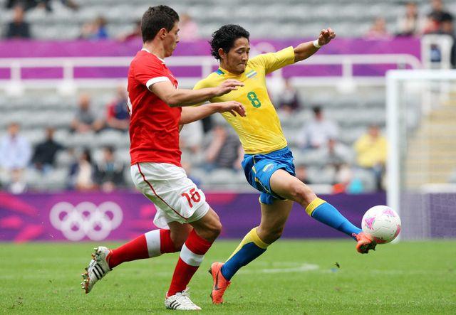 Entrée en matière un peu manquée pour la Suisse de Fabian Schär face au Gabon. [Scott Heppell - Keystone]