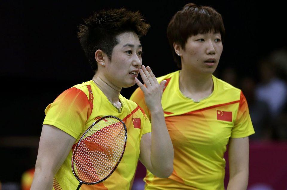 """Yu Yang (à gauche) et Wang Xiaoli ont été exclues du tournoi olympiques pour """"match arrangé"""". [Andres Leighton - Keystone]"""
