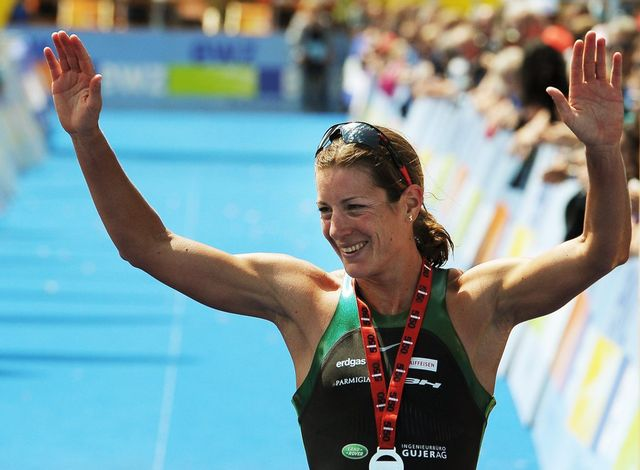 La triathlète zurichoise Nicola Spirig est arrivée première à Hyde Park à l'épreuve de triathlon. [Steffen Schmidt - Keystone]