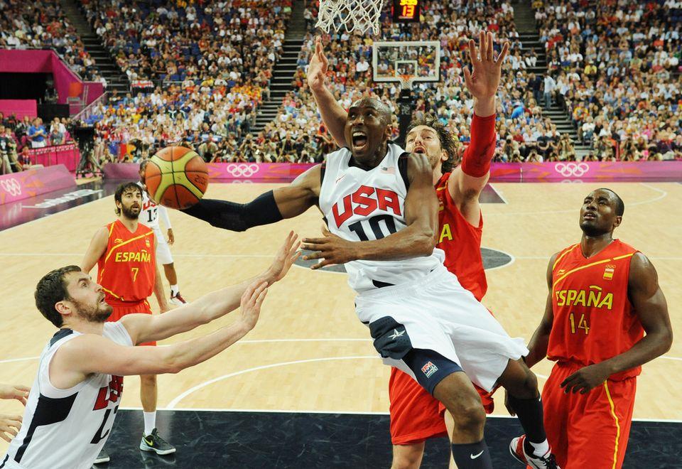 Kobe Bryant a cueilli sa 2e médaille d'or olympique. [Mark Ralston  - Keystone]