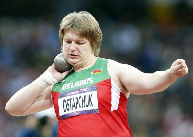 """La championne olympique du poids a dû rendre sa médaille d'or. Le début d'une longue série ou une brebis égarée au sein de la """"famille"""" olympique? [Keystone]"""