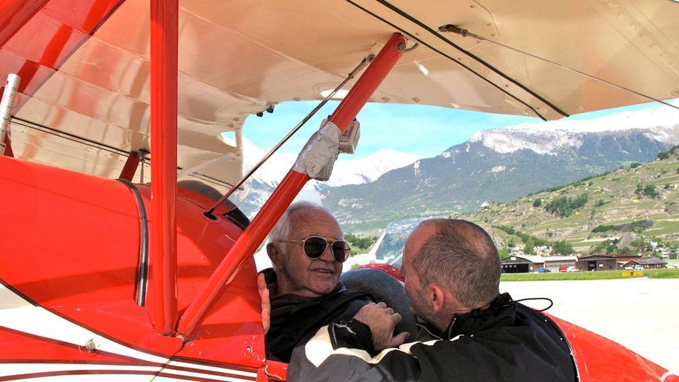 Jean Pierre Imhoos , un passionné d'aviation. [RTS]