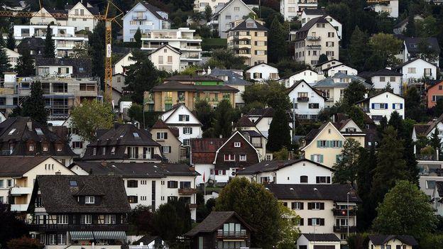 une initiative fiscale en faveur des propri taires retrait s suisse. Black Bedroom Furniture Sets. Home Design Ideas