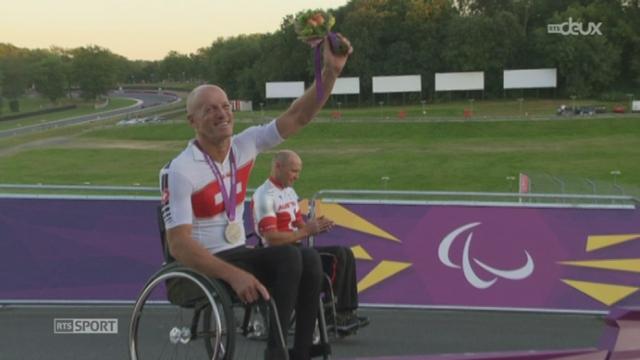 Jeux paralympiques à Londres. Jean-Marc Berset (SUI) obtient l'argent dans la course sur route handbike des paraplégiques