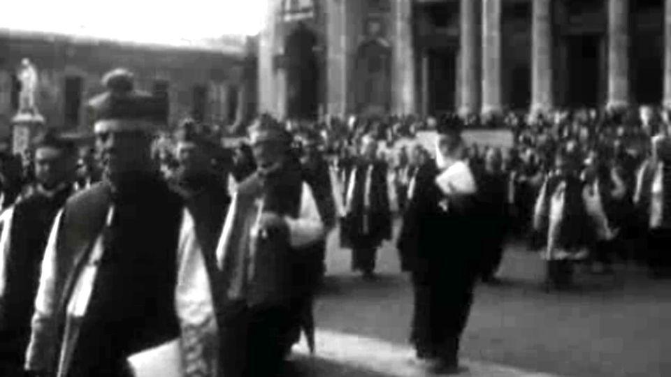 """""""Le concile Vatican II"""" - Continent sans visa du 5 décembre 1963. [RTS]"""