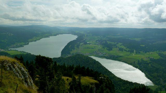 Les lacs de Joux et Brenet. [Thibaut Kahlbacher - RTS]