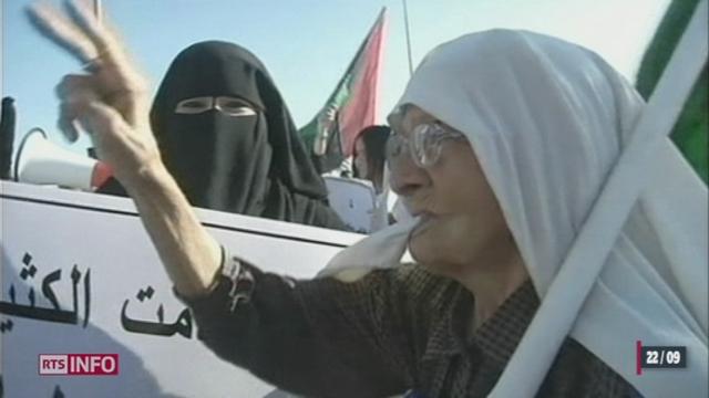 Libye: A Benghazi, berceau de la révolution, des milliers d'habitants ont chassé les milices islamistes qui faisaient régner la loi dans la ville