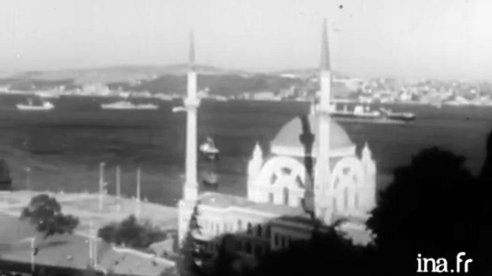 De Constantinople à Istanbul [INA]