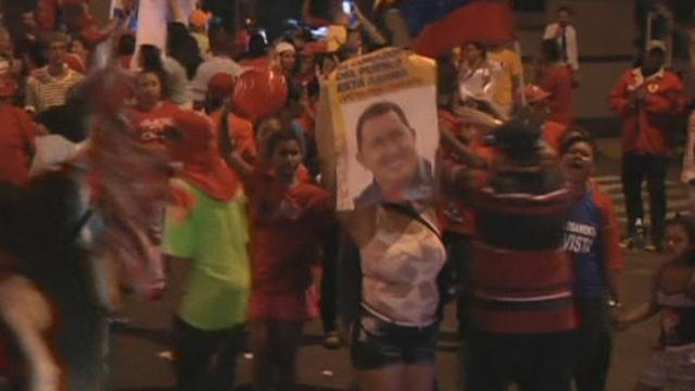 Séquences choisies - Caracas fête la victoire de Chavez