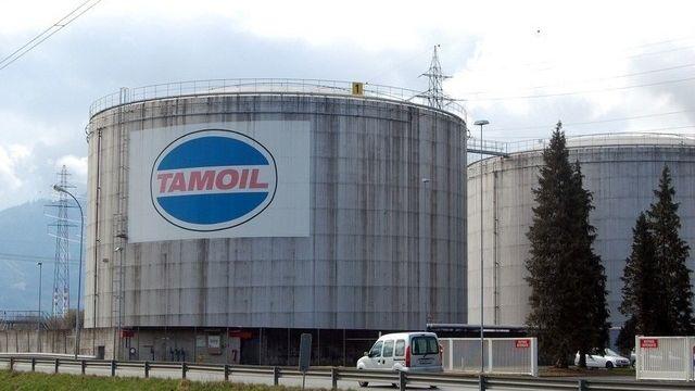 La raffinerie Tamoil à Collombey pourra remettre en marche ses installations. [Frank Jordans / Keystone]