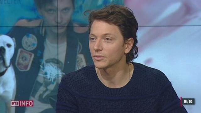 """L'invité culturel: le chanteur Raphael revient avec son nouvel album """"Super - Welter"""""""