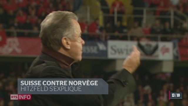 Ottmar Hitzfeld est sous le feu des critiques suite à son doigt d'honneur adressé à l'arbitre de la rencontre entre la Suisse et la Norvège