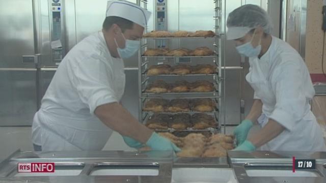 Avant la cuisson. les poulets sont fortement contaminés par des bactéries résistantes aux antibiotiques