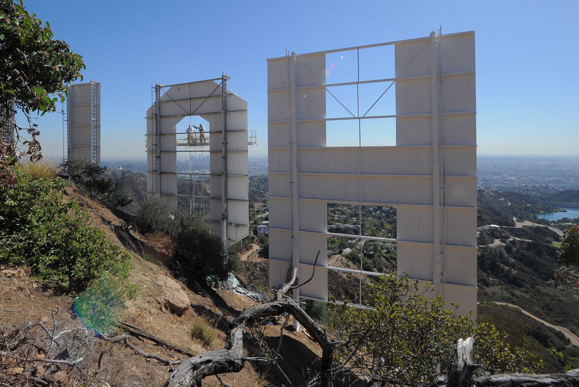 lettre hollywood D'importants travaux de rénovation pour les lettres Hollywood  lettre hollywood