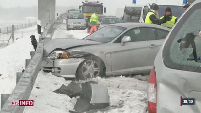 Neige, verglas et vents violents ont escorté l'arrivée de l'heure d'hiver en Suisse
