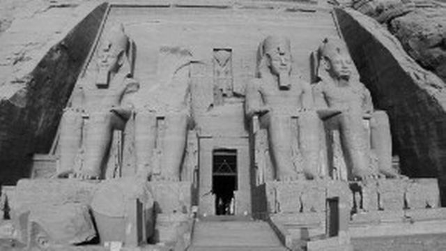 Abou Simbel (Le grand Temple) [Wikicommons]