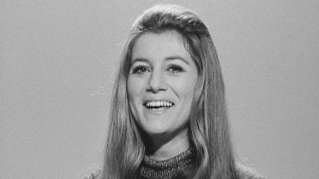 Sheila en 1970 sur le plateau de la TSR. [RTS]