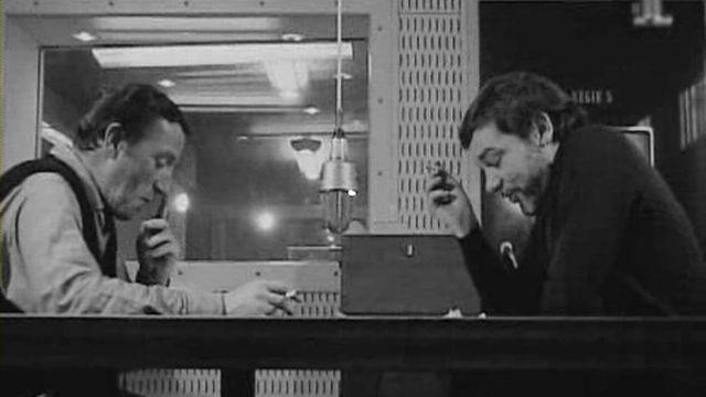Michel Dénériaz (à gauche) et Emile Gardaz dans les studios à Lausanne. [archives RSR - Archives RSR]