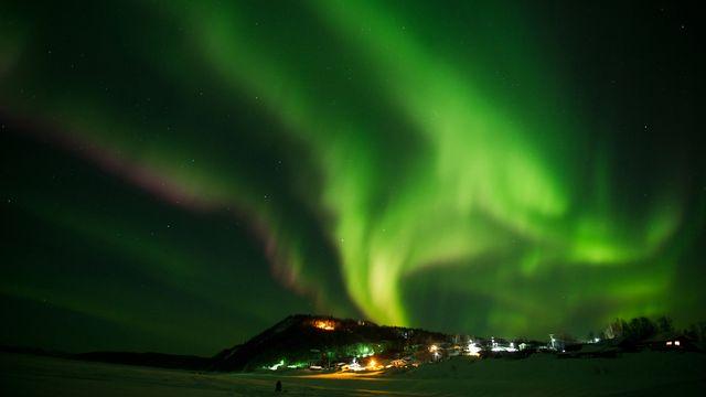 Aurore boréale [AP Photo/The Anchorage Daily News, Marc Lester]