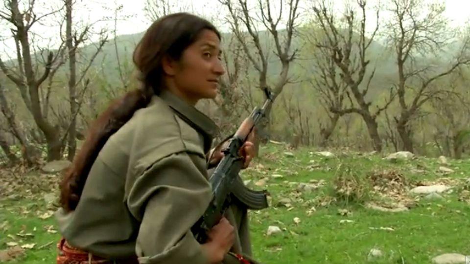 """""""Les femmes soldats du Kurdistan - Part 1"""" [Vice]"""