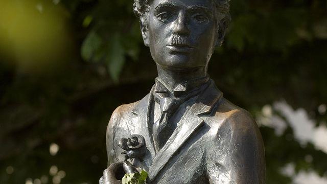 Staute de Charlie Chaplin à Vevey (Suisse). [Roy Philippe - AFP]