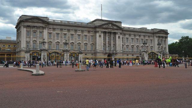 Buckingham Palace, l'un des lieux les plus visités de Londres. [Ottonera - Fotolia]