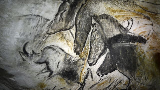 Les magnifiques fresques de la grotte Chauvet, en France. [Jeff Pachoud - AFP]