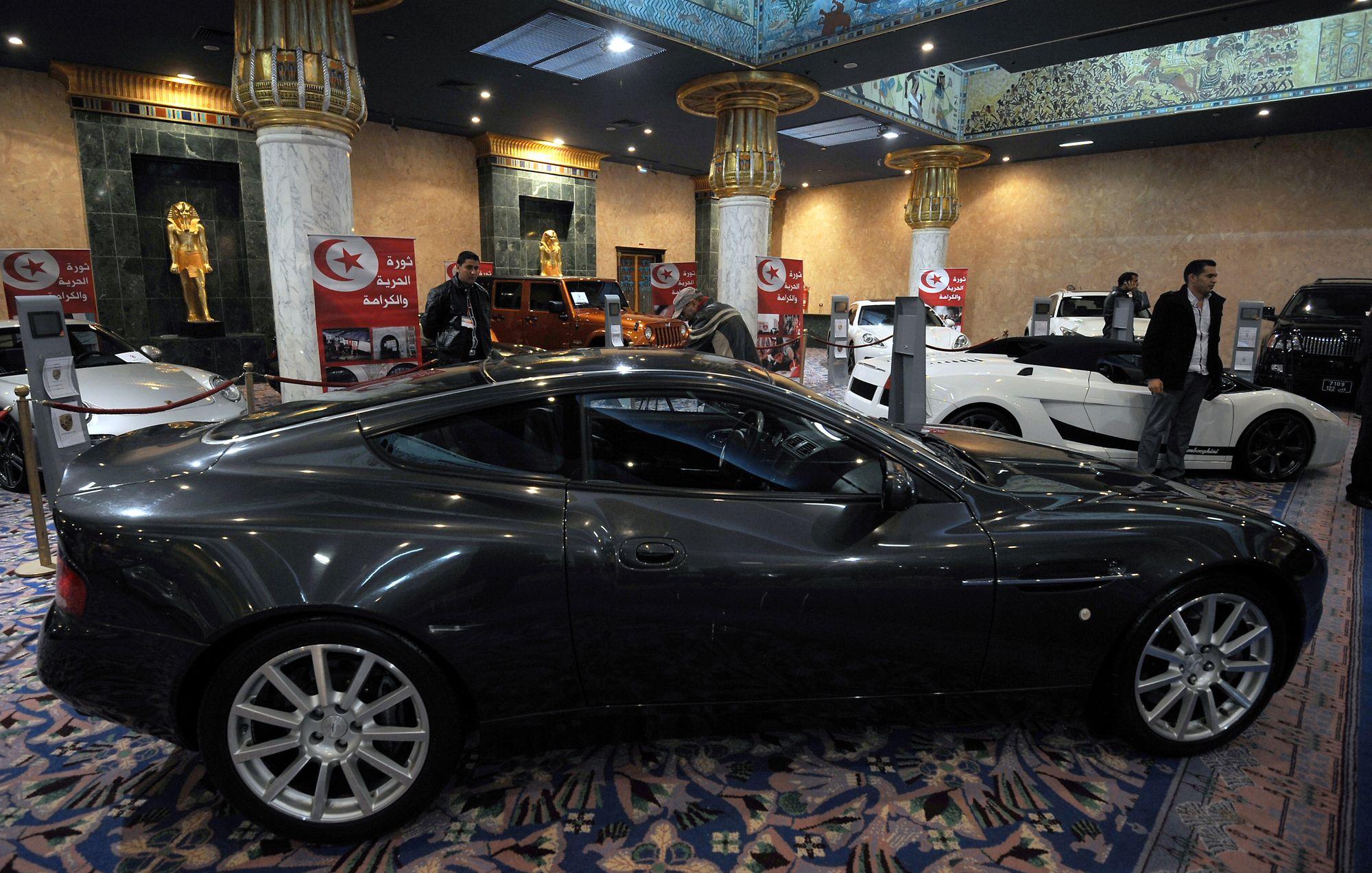 De luxueux biens de l 39 ex pr sident tunisien ben ali mis en vente - Cession des biens de l etat ...