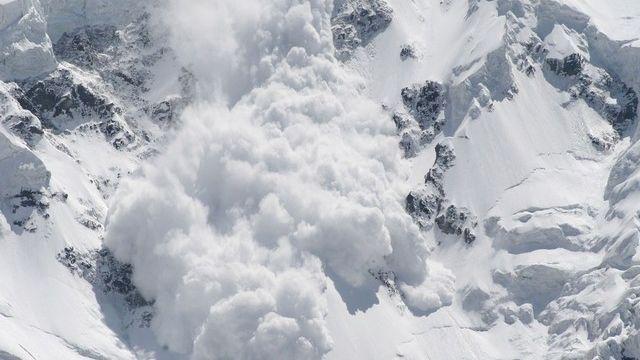 Le danger d'avalanches et bien réel ce lundi. [Maygutyak / Fotolia]