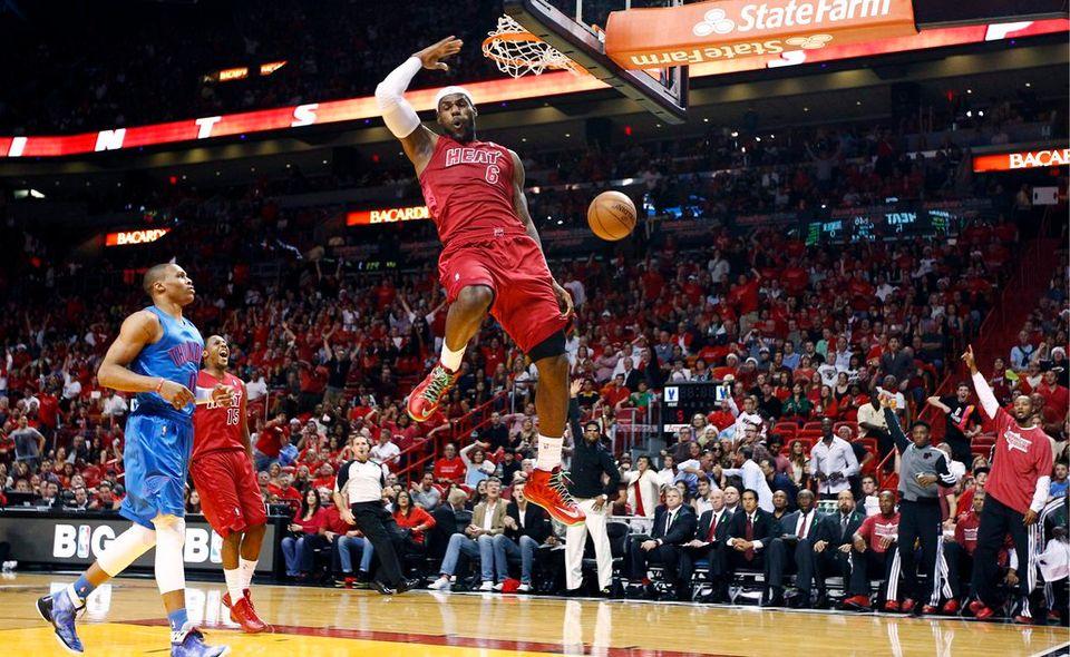 LeBron James a fait le show pour le plus grand plaisir de ses fans [J Pat Carter   - Keystone]