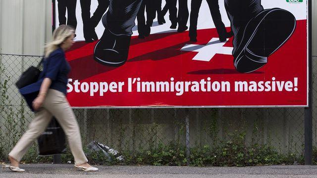L'initiative de l'UDC n'est pas compatible avec l'accord sur la libre circulation des personnes, juge le Conseil fédéral. [Salvatore Di Nolfi - Keystone]