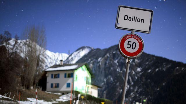 Le village de Daillon est sous le choc ce jeudi matin 03.01.2012. [Fabrice Coffrini - AFP]