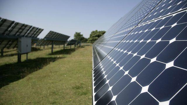 La centrale solaire de Mont Soleil au-dessus de Saint-Imier (JU BE). [Peter Klaunzer - Keystone]